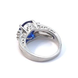 Cherryl's Jewelry - Blue Crystal Gemstone Ring